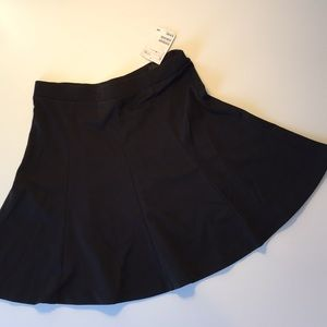 NWT H&M black mini skirt
